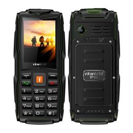VKWorld новый камень V3 IP68 Водонепроницаемый 2.4 дюймов 3000mAh мобильный телефон GSM FM русская клавиатура 3 слота для SIM-карт Флэш-свет мобильный телефон от Поставщики gsm сотовые телефоны сим-карты