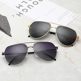 2019 koreanische gläser trend ARMANI 98017 Designer-Sonnenbrillen für Frauen mit polarisierten Farben Glas Mode Luxus Sonnenbrille Trend koreanische Sonnenbrille mit großem Rahmen günstig koreanische gläser trend