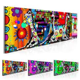 Dipinti soggiorno online-1 Pezzo Canvas Art Colorful Three Sitting Giraffe Dipinti astratti Stampa su tela per soggiorno Camera da letto