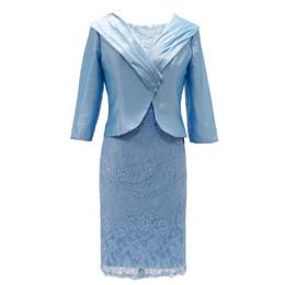 Vestidos para a mãe da mãe dos vestidos de noiva com jaqueta de festa de casamento Convidado para mais da linha do joelho de bainha fluindo de Fornecedores de moda tafetá renda vestido da noiva mãe