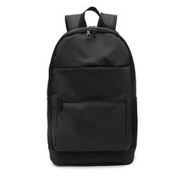 Bolsas Bolsa de Noticias 2019 Primera marca al por mayor de mochila escolar casaul marea de la moda para hombre Estudiante Mochila Unisex deporte al aire libre B101211D desde fabricantes