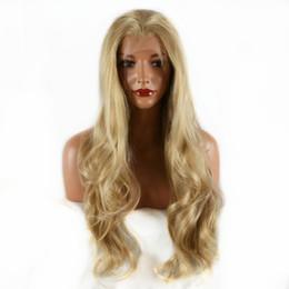 Горячая распродажа косплей ну вечеринку Glueless блондинка длинная природа волнистые синтетический парик фронта шнурка мягкие термостойкие волокна волос для женщин бесплатная cheap nature fiber от Поставщики натуральное волокно