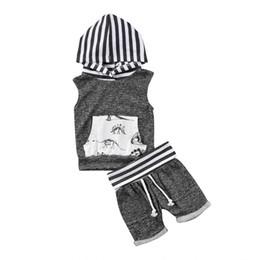 2019 nuevo informal para niños pequeños Baby Boy sin mangas a rayas con capucha tanque Tops + Shorts Pantalones 2 unids niño traje dinosaurio conjunto de ropa desde fabricantes