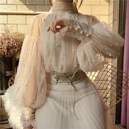 2019 кнопки из жемчужной рубашки 2019 New Fashion Spring Women's Sweet  Bubble Sleeve Pearls Button Gauze Blouses Ladies Elegant Mesh Shirt Blusas Tops дешево кнопки из жемчужной рубашки
