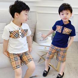 Tutu en Ligne-mode enfants vêtements infantile coton tees pantalons ensembles été bébé garçons classique t-shirts à carreaux shorts costumes marque enfants manches courtes