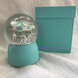 Kristall-spieldosen online-Geschenkbox Art- und Weiseklassikergeschenk T sytle Luxuxkristallmusikkarussellkugel Karusselldekorationsmarken-Transparenzschneekugel-Weihnachtsgeschenk