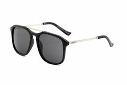 [Com caixa] de alta qualidade moda rodada óculos de sol para mulheres dos homens designer de marca óculos de sol de ouro de metal verde 50 milímetros lentes de vidro melhor de