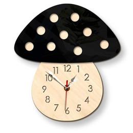 Cogumelos de madeira on-line-Nova Moda Criativa Crianças Colorido Relógio de Cogumelo Estilo Nórdico Cogumelo Relógio de Parede Em Casa Sala de estar Silencioso De Madeira