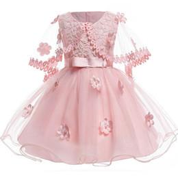 2019 vestidos cortos hinchados para el cabrito Pink Short Flower Girls Vestidos con envolturas Apliques 3D Vestidos de niña para la boda Vestido de Comunión Inflable de Tulle Puffy Kids rebajas vestidos cortos hinchados para el cabrito