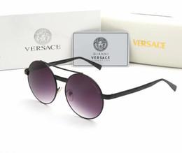 erkekler için New men güneş gözlüğü tasarımcının güneş gözlüğü tutum erkek güneş gözlüğü büyük boy güneş dairesel çerçeve açık serin erkek gözlük gözlük nereden toptan şık bayan üstleri tedarikçiler