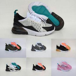 timeless design b9a84 ce8b5 Nike air max 27c 2018 Chaussures Maxes Enfants 270 Chaussures Course À Pied  Infant Air270 Garçons Filles Off Noir Blanc Rouge Bleu Designer Run Plus TN  97 ...