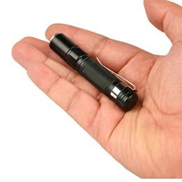 ha condotto le lampade delle luci Sconti La mini torcia portatile impermeabile della lanterna della torcia della torcia elettrica 2000LM LED ha condotto la batteria potente per la caccia DHL libero