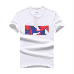 Ropa de camuflaje blanco online-Camiseta con estampado de camuflaje Hombres Verano Cuello redondo Hip Hop Ropa para hombres Logotipo Tops Diseñador Impreso Negro Blanco Tops Homme