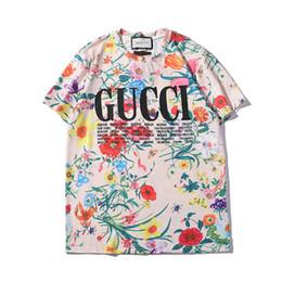 Camisetas coloridas por atacado on-line-Verão Das Mulheres Dos Homens T Shirt Da Marca de Moda Tshirts Com Letras G Respirável Manga Curta Mens Tops Com Flores Coloridas Camisetas atacado