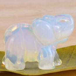 Figurine di elefanti di opalite mini animali artificiali statua di pietra minerale mestiere per la decorazione regalo di cristallo di guarigione C19041601 da mini figurine animali fornitori