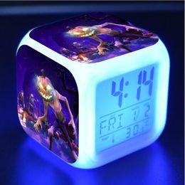 2019 fern-portable alarm 30 Designs Fortnite Tischuhr Farbwechsel LED Wecker Spiel Fornite Nacht Gedruckt Tischuhren Tischdekoration