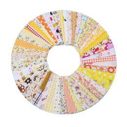 Material de algodón para coser online-50Pcs Multi Style 10cmx10cm Tela de algodón Tela impresa Costura Acolchar Telas para Patchwork Costura Material hecho a mano