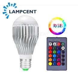 Canada E27 10W LED RVB 16 couleur changeante ampoule magique avec télécommande IR Offre