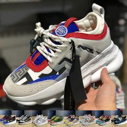 sapatos de corrida de luxo Desconto versace 2019 Reação Em Cadeia de Moda de Luxo Das Mulheres Dos Homens Sapatos de Grife Preto Branco Esportes Tênis Em Execução De Couro Plana Casuais Mulheres sapatos