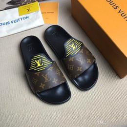iduzi artı boyutu 38-45 unisex yeni erkek takunya yaz ayakkabı lüks erkek terlik nefes katır erkek bahçe ayakkabı rahat plaj sandalet nereden