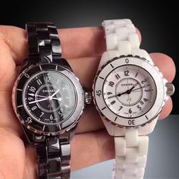 relógios suíços Desconto Relógio suíço de luxo mulheres relógios de pulso preto branco relógio de cerâmica 33 / 38mm dois tamanhos assistir alta qualidade relógios de movimento de quartzo frete grátis