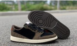 scarpe da pallacanestro onemix Sconti Novità Travis Scott X 1 Low OG TS SP 1s Scarpe da basket firmate da uomo Sail Dark Mocha University Red Outdoor Sneakers