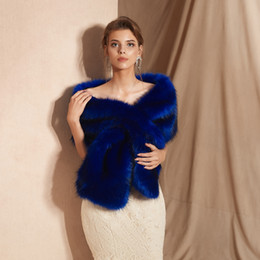 2019 красная куртка из искусственного меха CMS18095 Свадебный украденный мех, темно-синяя обертка из искусственного меха, пожимает плечами болеро-накидка Вечерние шарфы Шали Женская куртка Пром Вечер