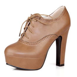 2019 pizzo d'epoca tagliato oxfords 2019 Vintage Platform Donna Décolleté con tacco largo Oxford Shoes Lace Up Square Tacco alto Donna Stivaletti Taglie forti pizzo d'epoca tagliato oxfords economici