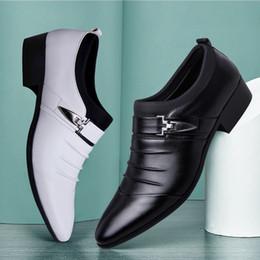 2019 летняя обувь от oxford 2019 дизайнер летние сандалии мужчины итальянский бренд скольжения на оксфорд обувь для мужчин острым носом туфли кожаные свадебные туфли человек Сапато социальные дешево летняя обувь от oxford
