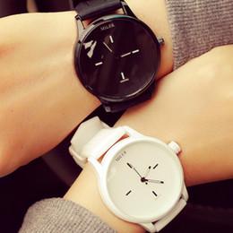 2019 кожаный ремешок часов женщин Classic Style Unisex Men Women Watch  Lovers Couple Watches Quartz Analog Wrist Watch PU Leather Band Montre Homme скидка кожаный ремешок часов женщин