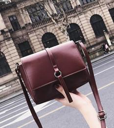 Yüksek kalite marka omuz çantası çanta tasarımcısı Debriyaj Çanta yeni hit renk Ling ızgara Messenger çanta basit zincir paketi çapraz Vücut çanta nereden markalı debriyaj çanta zincirleri tedarikçiler