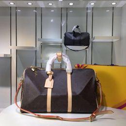 2019 saco de viagem da marca dos homens Keepall 45 50 55 marca quente sacos de viagem para homens de couro real qualidade superior mulheres crossbody totes bolsa de ombro para senhoras homem 5 cores desconto saco de viagem da marca dos homens