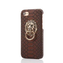 Iphone casos de telefone celular pele de cobra impressão cabeça de leão de cobre iPhone 6 escudo do telefone móvel Apple 6plus tampa protetora anel de dedo suporte de Fornecedores de suportes de cobre