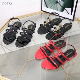 Sandales plates pantoufles pour les filles en Ligne-nouvelles sandales YS romaines sandales plates tongs causales pantoufles filles tian / fleurs imprimer glisser sandales unisexe extérieur plage tong