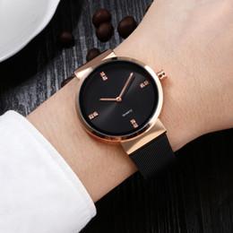 Canada La mode des hommes minces montre la bande en acier montre à quartz étanche de loisirs montre pour hommes usine personnalisée gros Offre