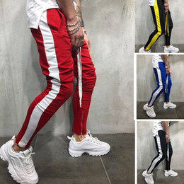 2019 blanco ropa deportiva 2019 Moda New Streetwear Sweatpants para hombres Causal Sportswear Pants Black White Trendy hombres Hip Hop Sweatpants pantalones S418 blanco ropa deportiva baratos