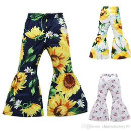 2019 24 monate mädchen jeans Mädchen Bell-Bottom Hosen Blume gedruckt Casual Flare Hosen Kid Girls Sunflower Cherry Pants New 3 Colors