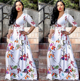 2019 schöne frauen europa kleid Explosion Modelle Europa und den Vereinigten Staaten Frauen sexy V-Ausschnitt schönen Druck Größe und Boden Kleid Mode-Stil Swing-Kleid günstig schöne frauen europa kleid