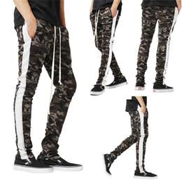 camouflage hosen männer schlank Rabatt Hirigin High Qaulty Spring Autumn Herren Sport Striped Camouflage Pants Komfort Lässige Slim Gym Running Jogging Lange Herrenhosen