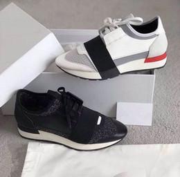 sapatos femininos com sacolas de malha casual Desconto Balenciaga Novos sapatos de Grife Homem Mulher Sapatos de Malha Respirável Transporte da gota Sapatos Casuais Sapatilha Da Marca Popular Moda Misturado Cores Malha Vermelho Trainer