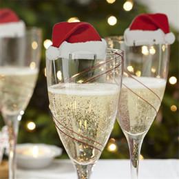 2019 decoração de neve e spray DHL 10 Pçs / lote Decorações de Natal Para Casa Cartões de Lugar de Mesa Chapéu de Papai Noel de Natal Decoração de Vidro de Vinho Suprimentos de Festa de Ano Novo