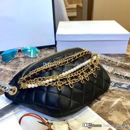Cadena de perlas negras online-El diseñador de moda de lujo bolsos de la mujer de la alta calidad del cuero auténtico Qulited Bolsas cadena de la perla mini hombro Cruz cuerpo bolsa de asas del monedero Negro