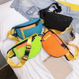 handtaschen straße stil Rabatt Neue Stil Designer Luxus Handtaschen Geldbörsen Mode Trend Herren Umhängetasche Hohe Qualität Street Beat Bevorzugte Taschen