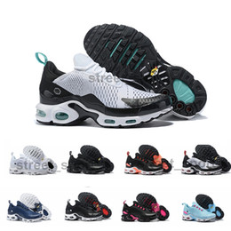 table for 12 Coupons - 2019 Cushion Tn Plus Running Shoes for Men Women Designer Sneakers des Chaussures Tns Breathable Mesh Mens Trainers Schuhe Scarpe Size 12
