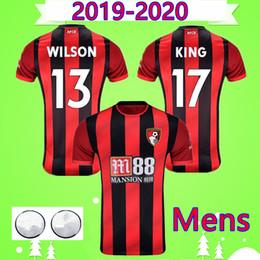 Nueva camiseta de fútbol de inglaterra online-Bournemouth NOVEDADES 2019 2020 camisetas de fútbol de color rojo y negro en casa INGLATERRA WILSON COOK 19 20 EAS MÁS FRECUENTES Maillot AKE STANISLAS Camiseta REY soccer jersey