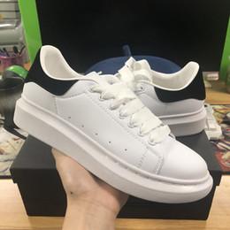 low priced a82cd 42fdb Nuovo designer progettista marchio di lusso di marca scarpe casual in pelle nera  bianca per ragazza donna oro rosa rosso moda comoda sneakers piatte