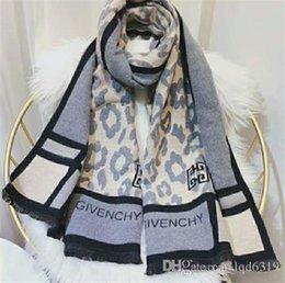 f2b32b24f74 France top Designer imprimé léopard mode Étant donné la marque de style d impression  Écharpe en coton écharpes Pashmina pour femmes femmes hiver écharpes