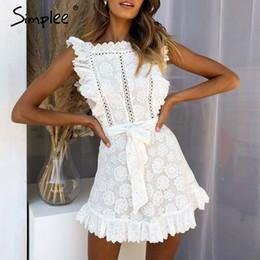 chiffon hochzeitskleid tropfen ärmel Rabatt Simplee Elegante Stickerei Spitze Frauen Kleid aushöhlen Schärpen Rüschen weißen Sommerkleid Slim sexy Party Lady Kleid Vestidos 2019