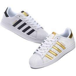 pretty nice 6535c 22f37 super chaussures Promotion 2019 Originals superstars casual shoes Designer  pour hommes femmes noir blanc or vert