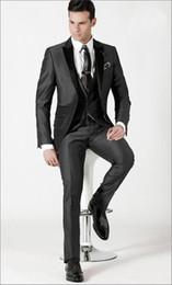 mejor corbata traje gris oscuro Rebajas Nueva llegada Novio Esmoquin Gris oscuro Padrinos de boda / Trajes de cena El mejor hombre novio (chaqueta + pantalón + corbata + chaleco)